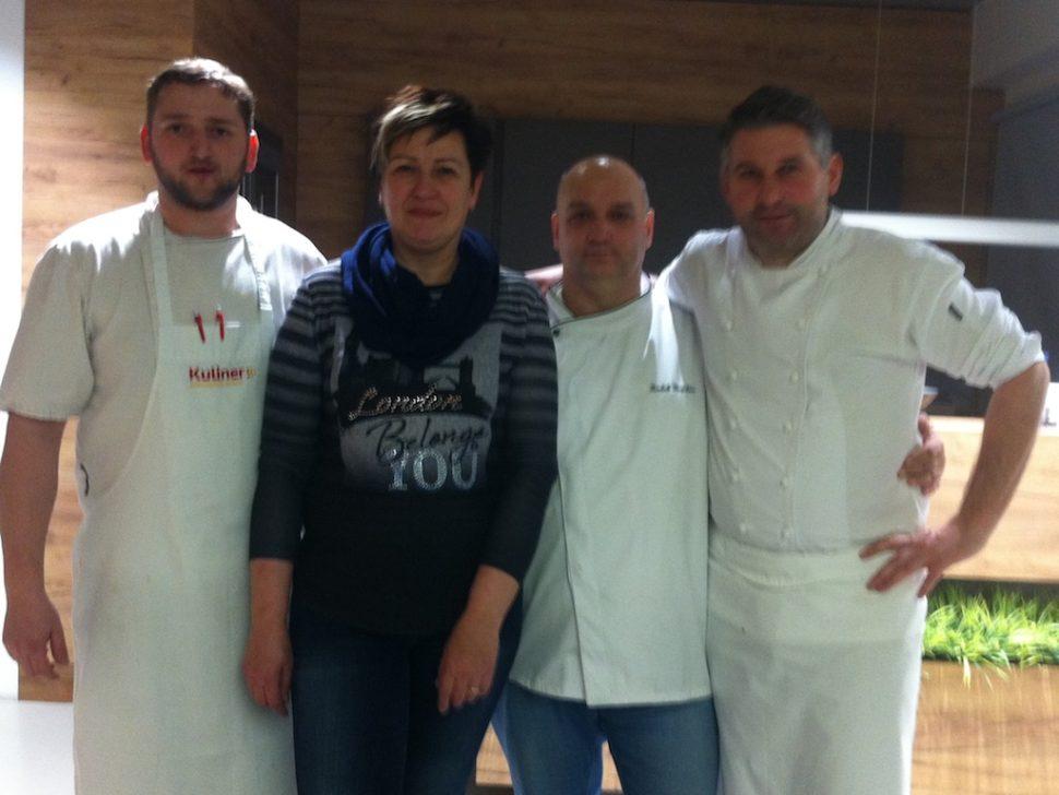 restaurace-a-pivnice-u-hudecku-prostejov-skoleni-zamenstnancu-uhudeckupv-40